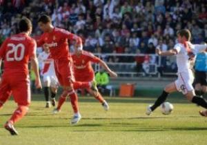 Ла Лига: Реал легко переиграл Райо, Барселона вырвала победу у Гранады
