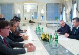 Платини поблагодарил Украину за проведение Евро-2012