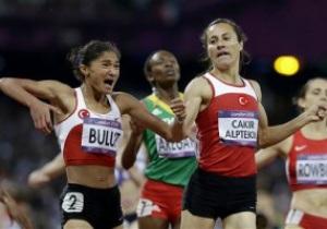 Турчанка Чакыр Альптекин выиграла золото Олимпиады-2012 на дистанции 1500 м