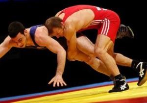 Греко-римская борьба. Украинец Василий Рачиба начинает с победы