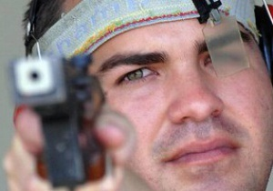 Кубинец выиграл золото Олимпиады-2012 в скоростной стрельбе из пистолета