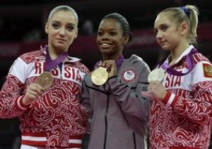 Гимнастика: Американка Габриэль Дуглас выиграла золото в многоборье
