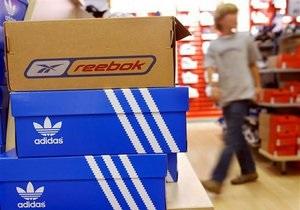 У Москві зупинили роботу цеху з виробництва контрафакту під маркою Adidas