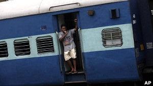 В Індії без світла залишається більше половини населення