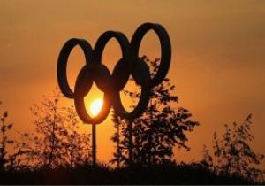 Організатори Олімпіади встановили в центрі Лондона прапор Казахстану з діркою замість сонця