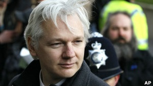 Швеція може допитати засновника Wikileaks у посольстві Еквадору