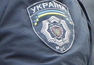 У Києві затримали озброєного чоловіка під час спроби пограбувати банк