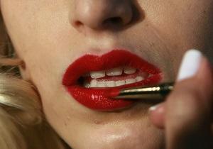 Британські вчені з ясували, скільки часу жінки витрачають на макіяж
