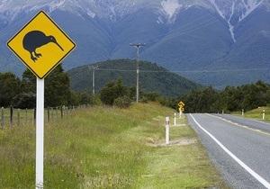 У Новій Зеландії повії зламали 40 дорожніх знаків, використовуючи їх як шести
