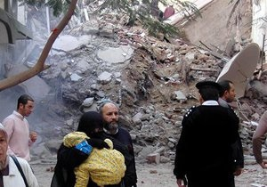 В Александрії обвалився 11-поверховий будинок. Повідомляється про 12 загиблих