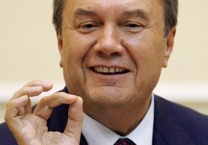 Янукович: Я звик до великих обсягів роботи, від цього страждає моя сім я