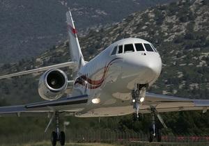 Разработчик BlackBerry продаст корпоративный самолет для сокращения расходов