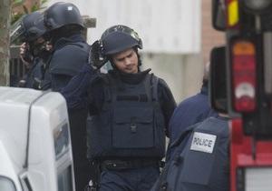 Французький спецназ знешкодив чоловіка, який напав на дитсадок
