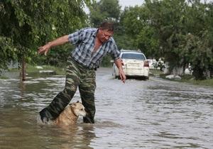 ЗМІ: Рятувальники, які працюють на Кубані, просять у волонтерів купити їм чоботи та респіратори