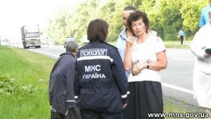Азаров доручив ретельно розслідувати аварію з російськими паломниками