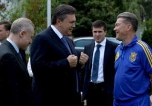 Янукович наградил Блохина, Суркиса и Шевченко государственными орденами