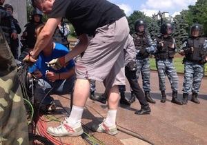 Трансляції прес-конференції Януковича завадило пошкодження демонстрантами кабелю