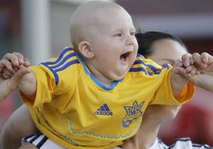 В Донецке за Евро-2012 побывали 300 тысяч фанатов, которые выпили 42 тысячи литров пива