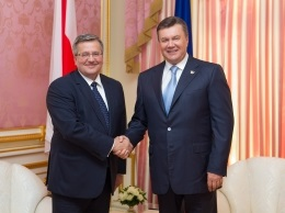 У Києві відбулася зустріч Януковича та Коморовського
