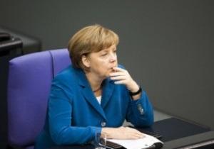 Подражание Лукашенко. Меркель собирается прибыть в Украину на финал Евро-2012