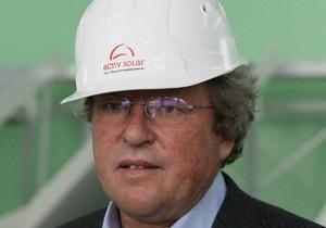 Австрийский бизнесмен-авиатор заявил, что владеет компанией ActivSolar