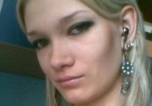 Мати Олександри Попової розповіла, де перебувають документи її дочки