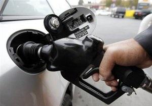 У Києві сьогодні подешевшав бензин