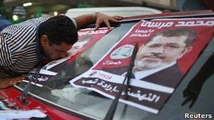 Вибори в Єгипті: ісламісти заявляють про перемогу свого кандидата