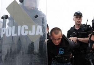 По всей строгости закона. Польский суд вынес приговор двум российским фанам