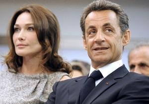 58-річна соратниця Саркозі заявила, що він її домагався