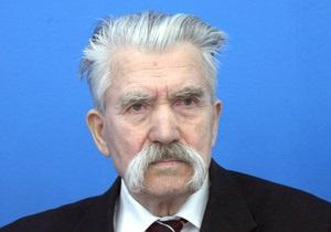 Ъ: Левко Лук яненко шукає союзників для участі у виборах