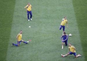 Сборная Украины испытала поле НСК Олимпийский перед матчем со Швецией