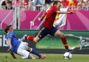 Иньесту признали лучшим игроком матча Испания - Италия