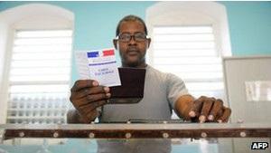 У Франції відбуваються ключові для Олланда парламентські вибори