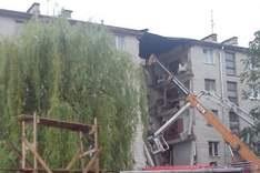 В Луцьку під завалами будинку, що обвалився, виявлений загиблий: пошуки тривають