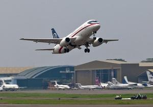 ЗМІ: Sukhoi SuperJet-100 міг розбитися через молодецтво командира літака