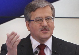 Коморовський має намір провести переговори з Януковичем перед відкриттям Євро-2012