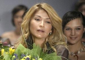 Під псевдонімом Googoosha: дочка президента Узбекистану випустила англомовний альбом