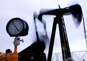 Нафта продовжує стрімко дешевшати