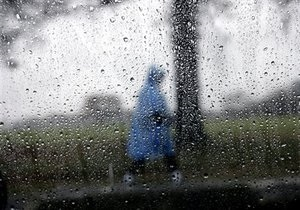 Над Луганськом пронісся ураган: десятки будинків залишилися без дахів