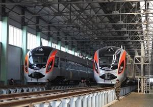 Поїзд Hyundai через несправності не вийшов у рейс із Харкова до Києва