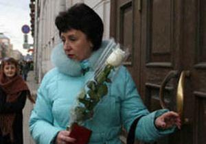 Російській вчительці, яка розповіла про фальсифікації на виборах, виписали великий штраф