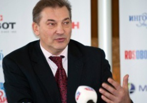 Третьяк: Хоккеисты показали футболистам, к чему нужно стремиться на Евро-2012