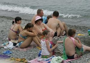 Влада Криму має намір присвоїти пляжам категорії і заборонити продаж шаурми