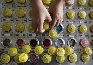 Уряд обмежив ввезення ліків громадянами України