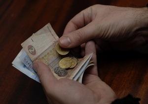 Податкова з початку року виявила 23 тис. нелегальних працівників