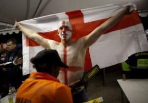 Британское правительство заявляет, что в Украине нет проблем с расизмом, и советует фанатам ехать на Евро-2012