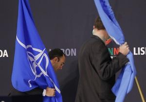 DW: Україна і НАТО. Співпраця на тлі охолодження відносин