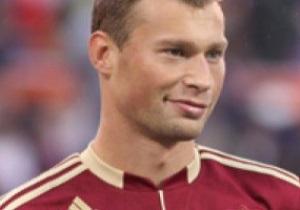 Тренер сборной России объявил о том, что не возьмет основного защитника на Евро-2012