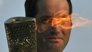 Олімпійський вогонь почав 70-денну подорож Великою Британією